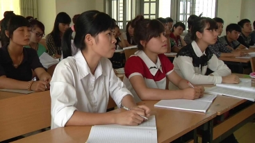 Embedded thumbnail for Vietnam: Helping 8,000 Poor Students Pursue Their Academic Dreams